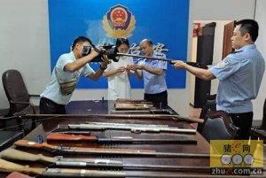 澄迈破获贩卖枪支案 嫌犯一边养猪一边造枪?