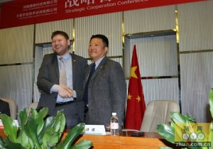 雄峰卡美战略合作 强强助力中国养猪业国际化发展