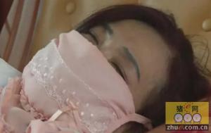 山东肥城东尚里社区养猪场散发恶臭 居民晚上戴口罩睡觉