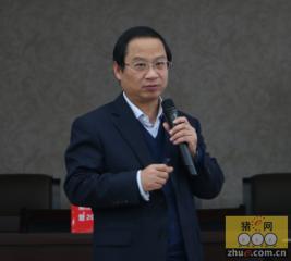 姜平教授分享猪繁殖与呼吸综合征流行动态与防控技术