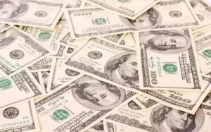 如何用1块钱赚到1万块?厉害的商业创意!