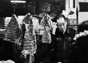 猪价创近五年新高榕生猪每百斤收购价突破千元